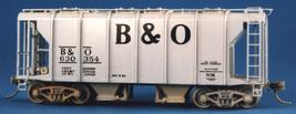 Funaro & Camerlengo HO B&O Wagontop covered hopper, Large B&O decals, kit 7051 image 2