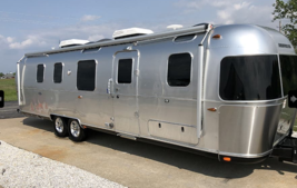 2018 Airstream Classic 33FB Twin For Sale in Weldon Spring, Missouri 63304 image 1