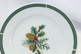Fairfield Wintergreen Plates and Bowls Lot of 15  Christmas image 11