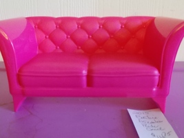 Barbie Dreamhouse 2015 Replacement Piece Pink Couch - $14.75