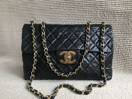 AUTHENTIC CHANEL VINTAGE MAXI BLACK LAMBSKIN CLASSIC FLAP BAG GHW