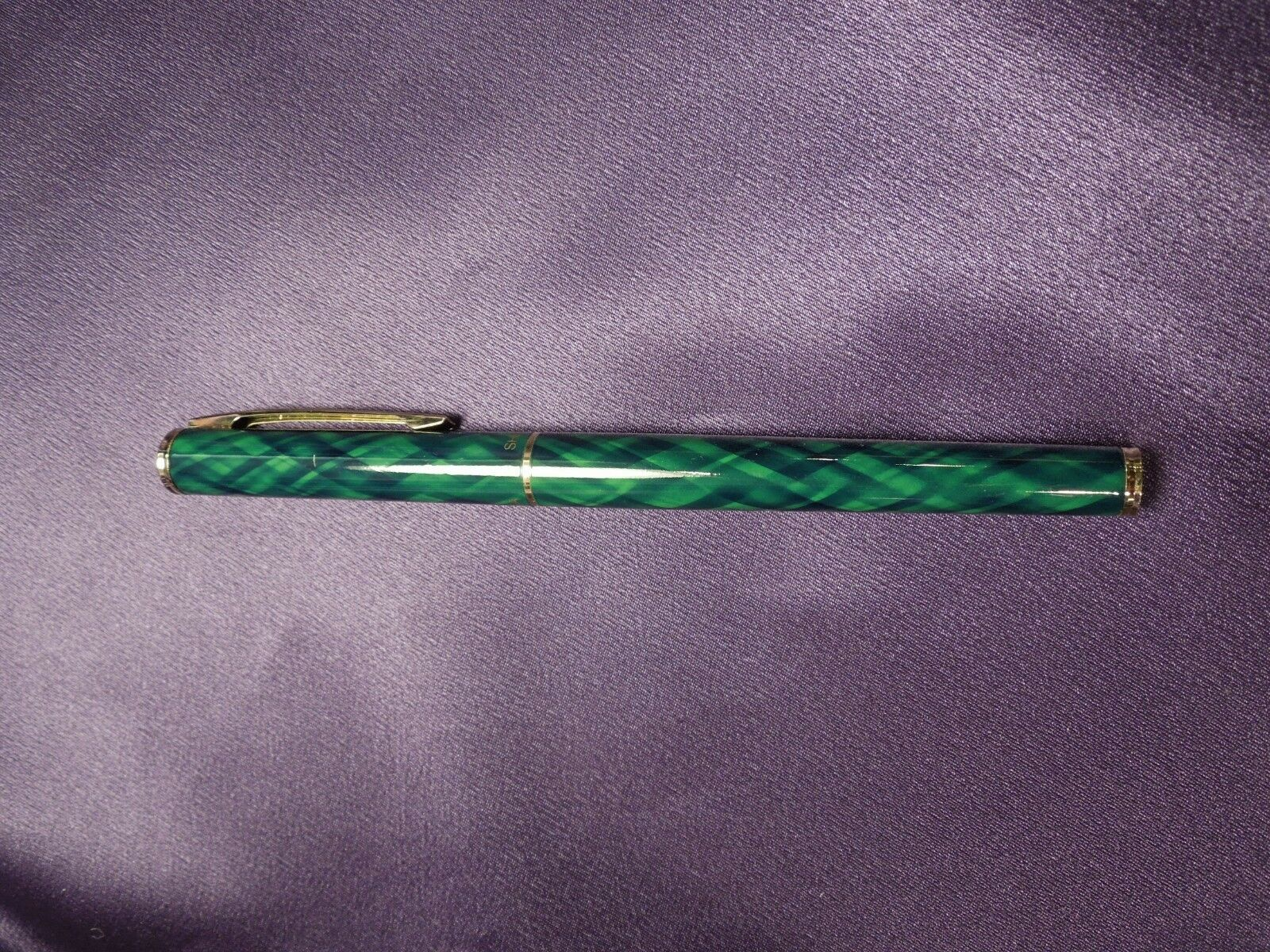 Green & Gold Sheaffer Ballpoint Pen in Original Red and Gold Box image 3