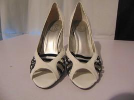 JS by Jessica Simpson Women's Shoes Size 8 1/2 White Black Open Toe Pump... - $22.77