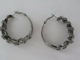 HOOP EARRING SLATE COLOR TWISTED & SMOOTH METAL ROPE FASHION JEWELRY LEV... - $12.99