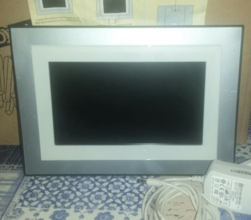 Kodak Easyshare P820 Digital Picture Frame And 50 Similar Items