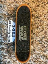 McDonald's THE CLONE WARS Finger Skateboard REX Kids Toy 2010 Collectible Happy - $8.15