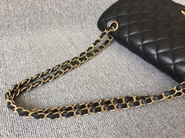 AUTHENTIC CHANEL BLACK QUILTED CAVIAR MEDIUM CLASSIC DOUBLE FLAP BAG Ghw image 6