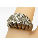 925 Sterling Silver - Vintage Weaved Feather Designed Band Ring Sz 7 - R... - $22.45