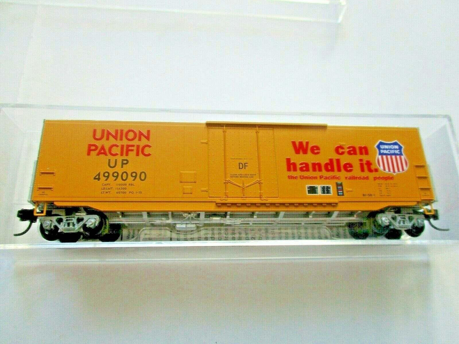Micro-Trains # 18100141 Union Pacific 50' Standard Boxcar Plug Doors N-Scale