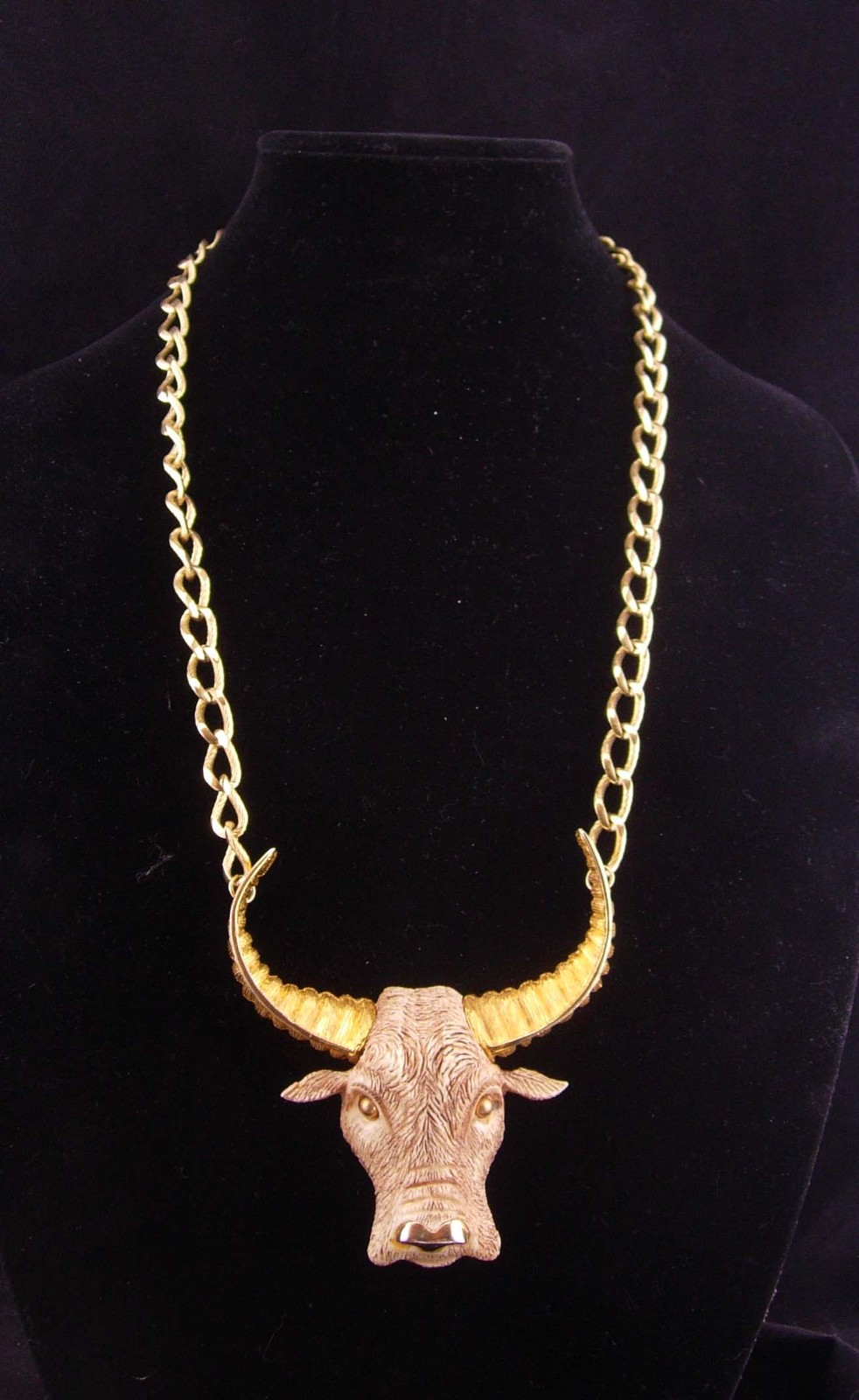 Razza Texas Bull Necklace / Vintage Western Cowboy necklace / Rancher / Birthday