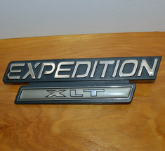 Ford Expedition Xlt Suv Emblem Ornament Oem Original Part 1199 1200 1201 DC-3 - $7.27