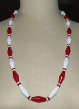 Red White Geometric Acrylic Bead Beaded Necklace Vintage - $19.80