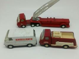Lot Vintage TONKA Small Red Metal Firetruck W / Small Ladder Truck / Amb... - $29.70