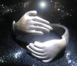 Haunted Hands Ring Halloween The Priestess Hands Of Power Rare Albina Magick - $272.77