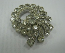 EISENBERG brooch with all rhinestones present and shiny - $39.60