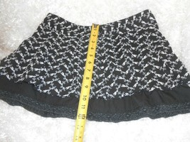 Forever size M cute black & white layered look mini skirt - $8.42