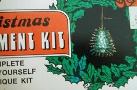 Vtg Christmas Ornament Kit Beaded Sequin Distasio 15725 Mini Tree Green - $19.99