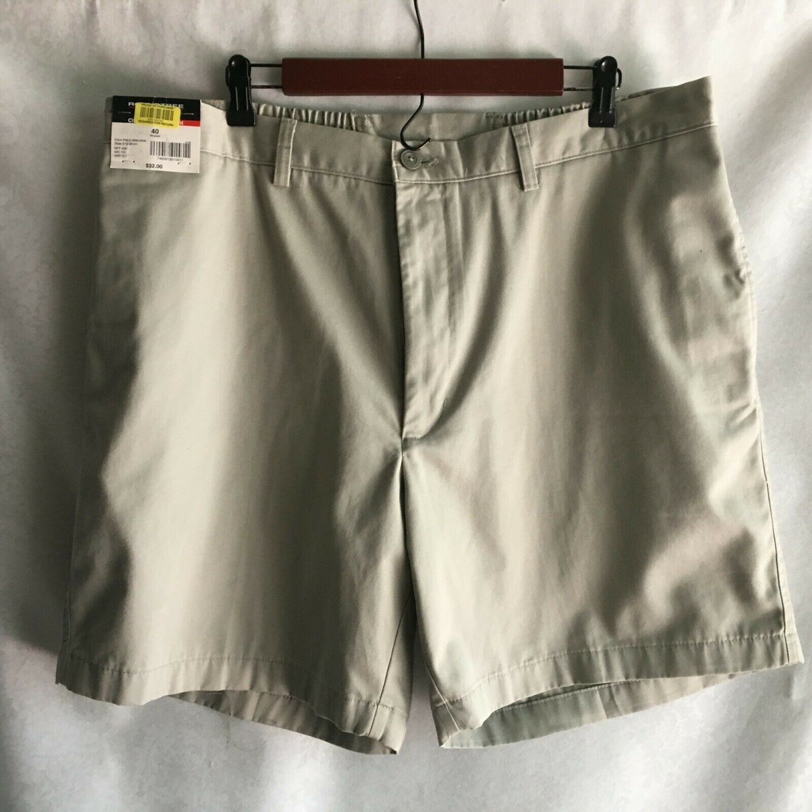 Roundtree & Yorke Easy Care Men's  Shorts Size 40 100% Cotton Pale Green Khaki