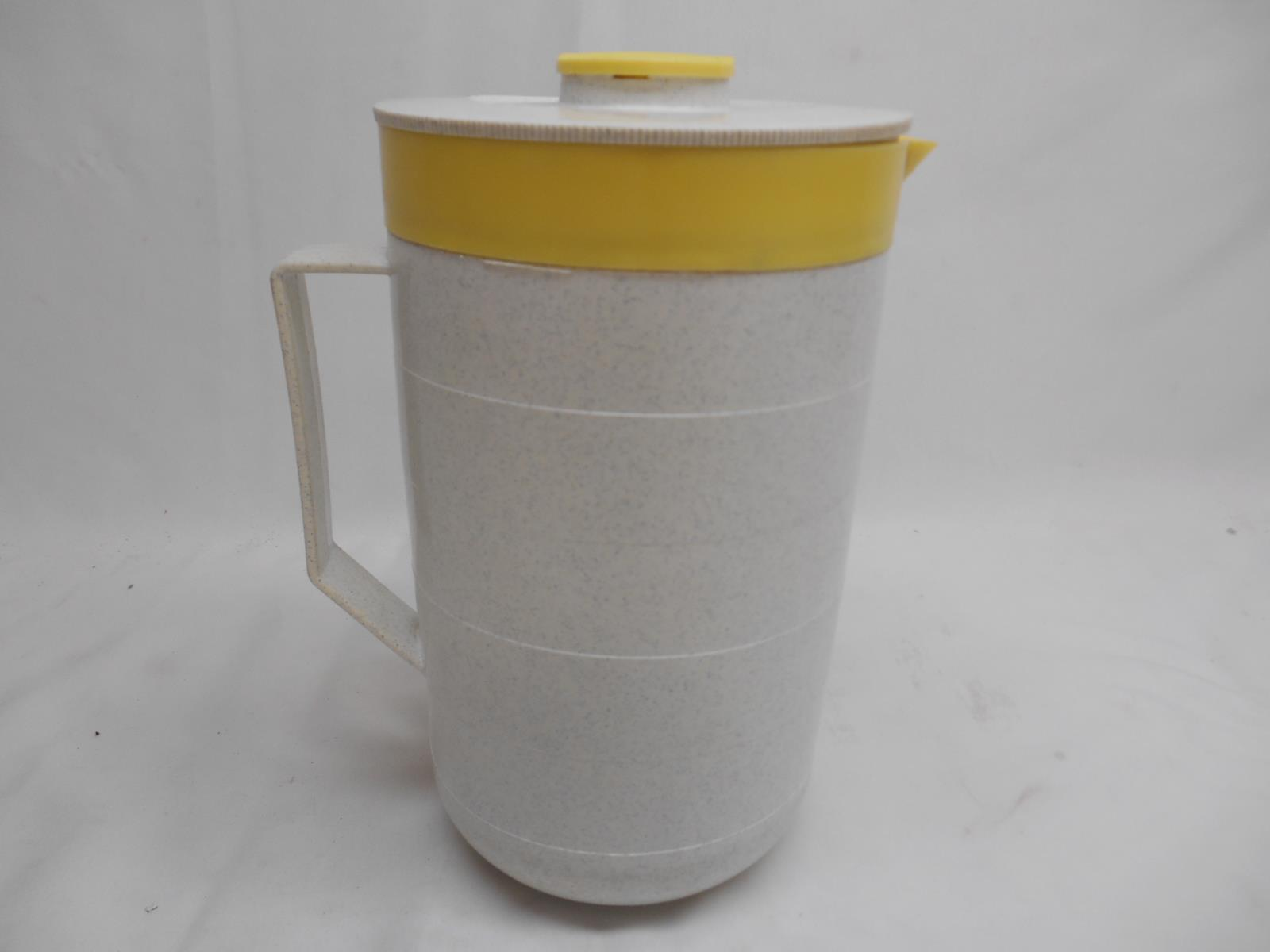 Old Vtg CORNISH THERM-O-PITCHER Yellow Gray Speckled Pitcher Mid-Century Retro