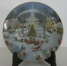 Danbury Mint Christmas Plate by Charlotte Sternberg Tree Lighting C631 1... - $13.99