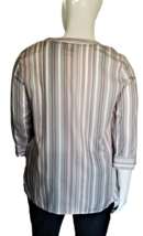 Liz Claiborne Women's V-Neck Blouse Size XL with 3/4 Length Sleeves image 3