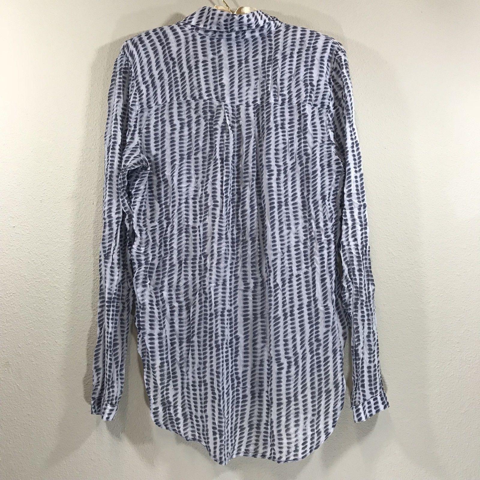 510c57c1695 Anthropologie Cloth & stone blue white hi low pocket buttondown top blouse  small