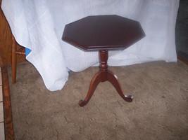 Mahogany Octagon Shape Lamp Table Side Table  (T390) - $249.00