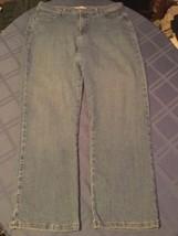 Ladies Lee jeans Size 12 short classic fit straight leg denim blue rodeo - $15.99