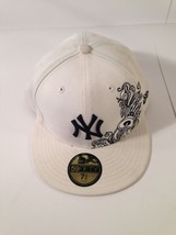 "NEW YORK YANKEES New Era 59Fifty Fitted WHITE Hat 7 3/4"" *EUC* *FREE SHIP* - $17.03"