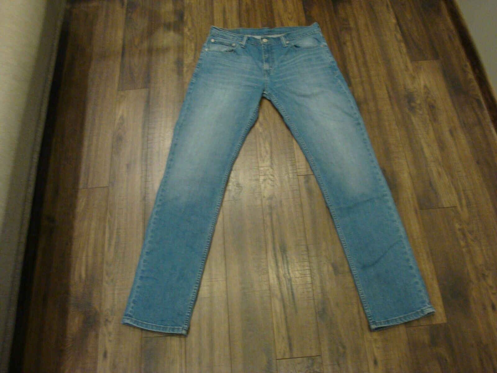 Primary image for Levi's® 511 Mens Jans W33 L34 Ideal Condition 100% Cotton Fast Shipping