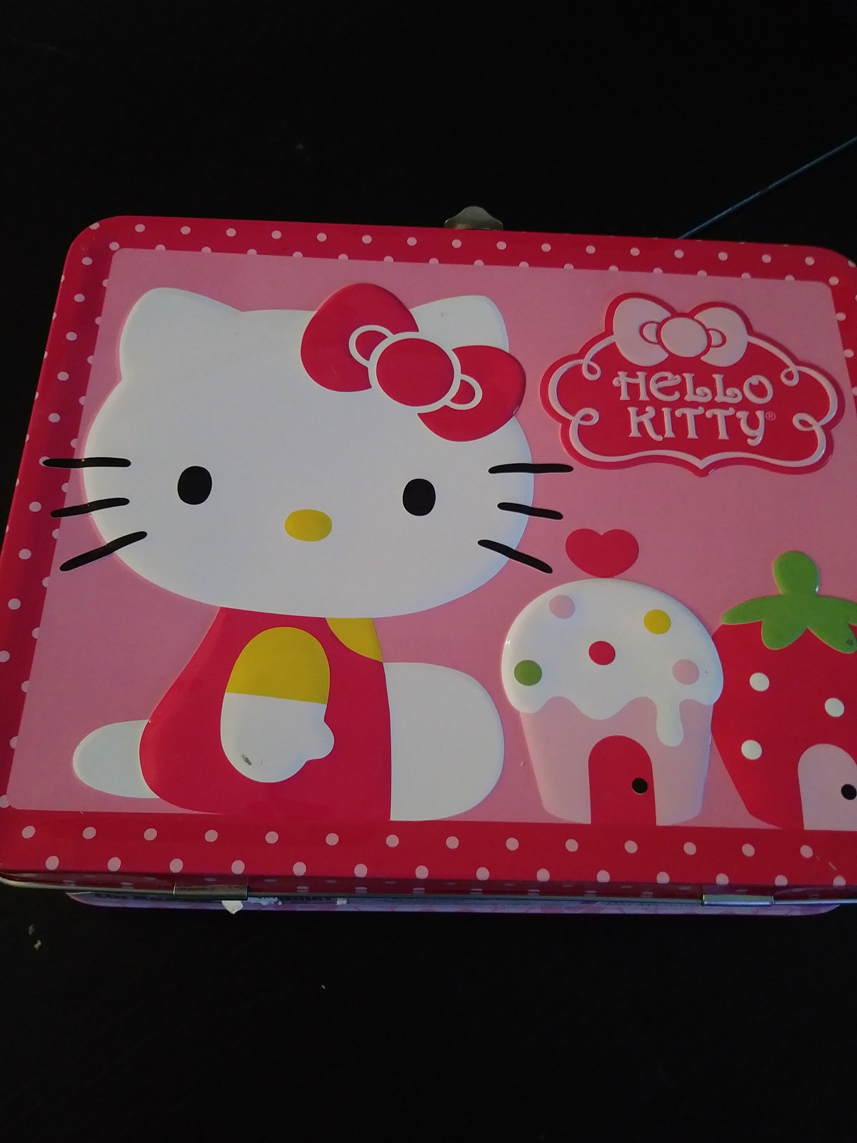 1976  Hello Kitty by Sanrio USA Tin Lunch Box  Tin Box Co. Dongguan,China