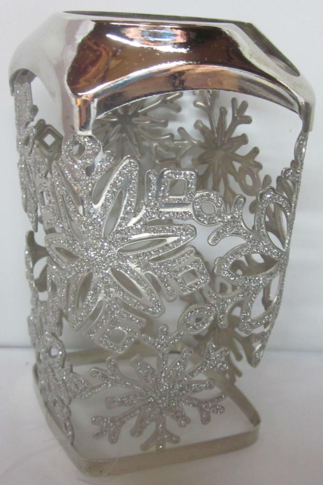 Bath & Body Works Gentle Foaming Hand Soap Sleeve Holder Glitter Snowflakes