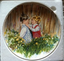 Wedgwood Queen's Ware Made In England Collectors Plate - Be My Friend In... - $5.00