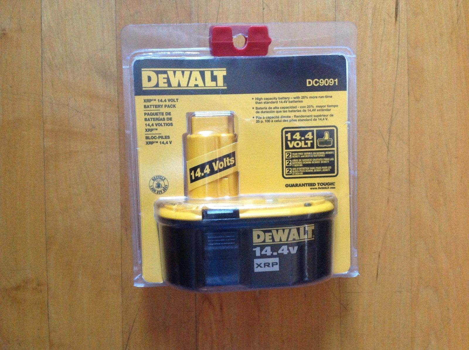 DeWALT DC9091 14.4V 2.4 Amp Hour XRP Cordless Tool Rechargeable Battery New image 2
