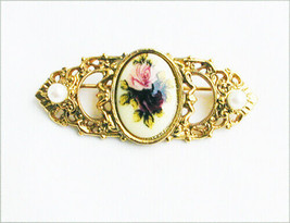 1928 pin porcealin rose center faux pearls gold tone jewelry - $6.44