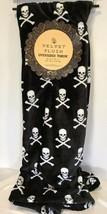 Halloween Plush Throw Blanket Skeleton Cross Bones 50x70 Holiday Spooky ... - £23.98 GBP