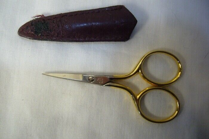 Pre Max Embroidery Scissors Gold Handle  2 3/4  in