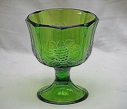 Vintage Indiana Colony Glass Harvest Green Pressed Grape Design Planter Compote - $19.79