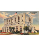 WACO, TX Texas     MUNICIPAL BUILDING      1945 Linen Postcard - $7.91