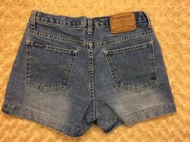 Vintage Jordache Women's High Waist Denim Blue Jean Shorts Size 9/10 - $19.73
