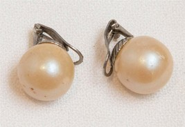 Vintage Faux Pearl Clip On Earrings Jewelry tob - $13.85