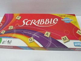 SCRABBLE Crossword Game 04024 Year 2007 - $7.91