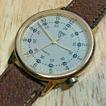 Vintage GUESS Hong Kong Men Gold Tone Leather Analog Quartz Watch Hours~New Batt - $21.84