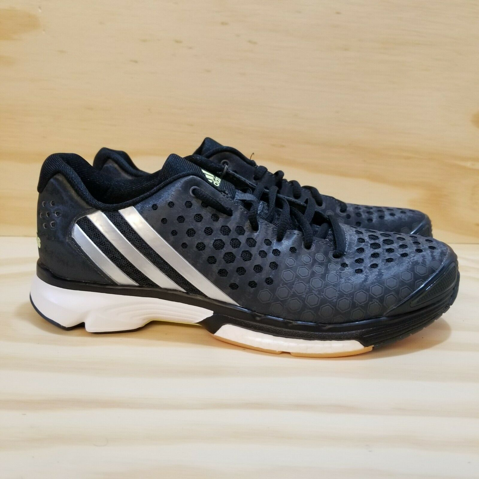 NEW Adidas Size 8.5 Women Athletic Sneakers Black White Shoes Laces Silver (NEW)