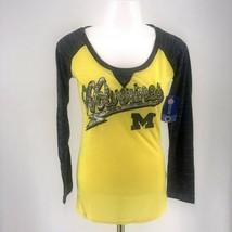 NWT NCAA Michigan Wolverines scoop Neck Long Sleeve T-Shirt Grey Yellow - $13.95