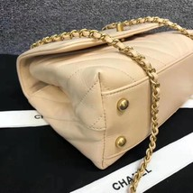100% AUTHENTIC CHANEL CHEVRON QUILTED CALFSKIN BEIGE SMALL COCO HANDLE BAG GHW image 3