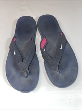 Nike Flip Flops Sandals Womens Size  6 Comfort Footbed Navy With Pink Trim - $17.00