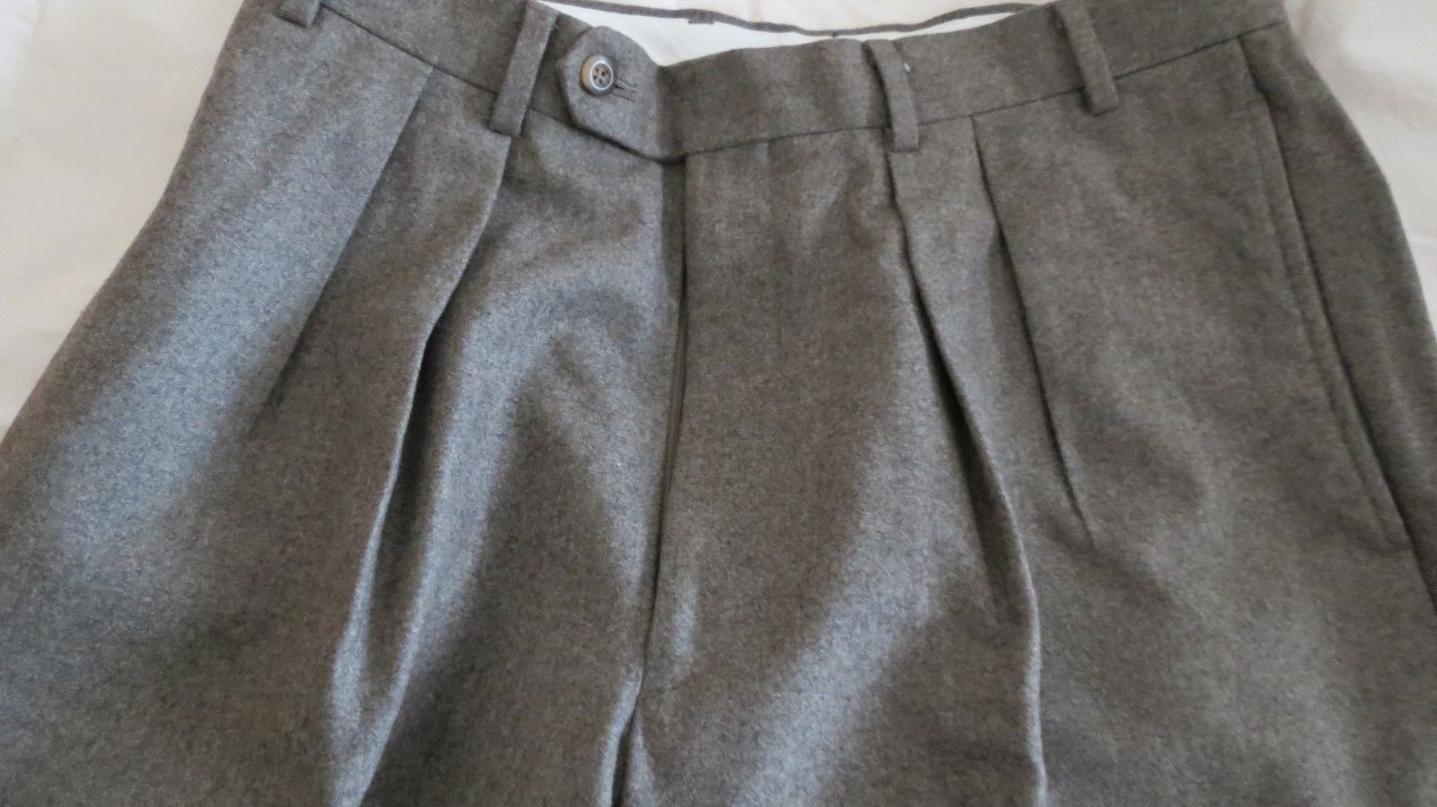 NWT Brooks Brothers Charcoal Gray 100/% Wool Dress Pants Trousers Flat Front