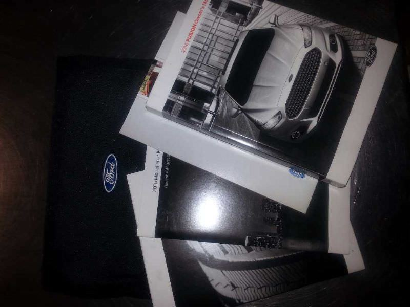 Owners Manual OEM With Case For 2016 Ford Fusion 813009