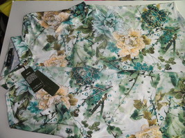 Mens Floral Polyester Hawaiian Style Casual Shirt Gold Accents - $24.99
